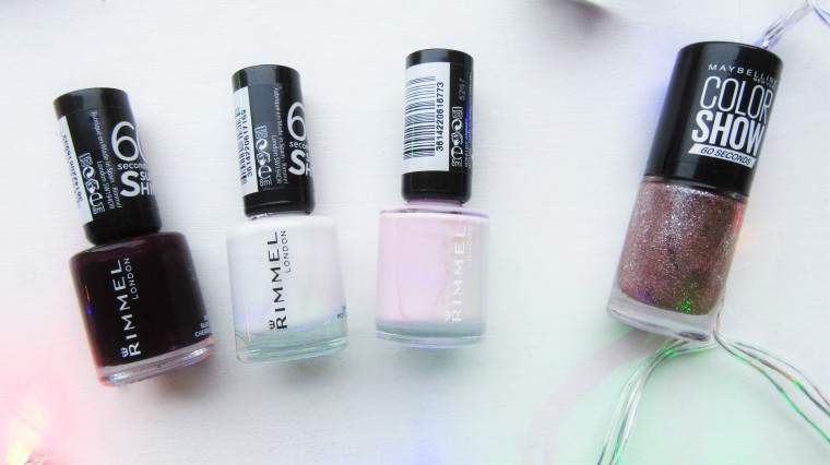 BLOGMAS Christmas Nail Polishes (5)