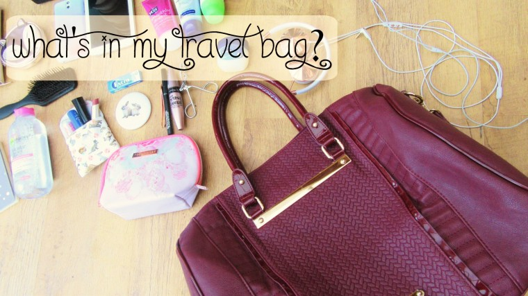 what's in my travel bag (1)